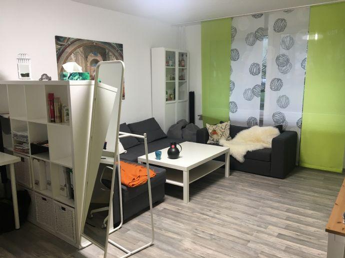 Nachmieter gesucht: Großzügige 2-Raum-Erdgeschosswohnung in Mettenhof