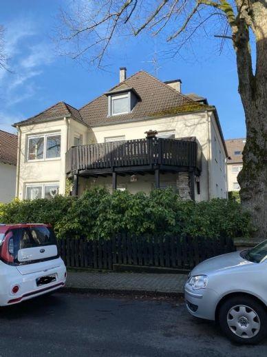 RESERVIERT....3-Familienhaus mit Balkonen, Garage und Garten im gutbürgerlichem Viertel in Lüdenscheid...aufgeteilt nach WEG..
