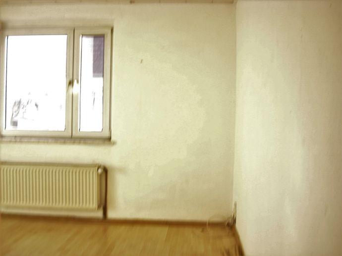 [Lichtdurchflutete Gemütliche Charmante] 3-Raum-Wohnung in Riesa zu vermieten!