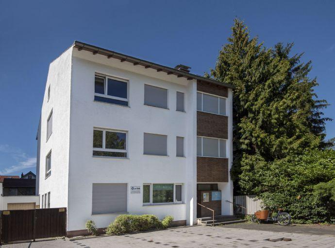 Großzügige helle 2-Zimmer-Wohnung mit Südwest-Balkon