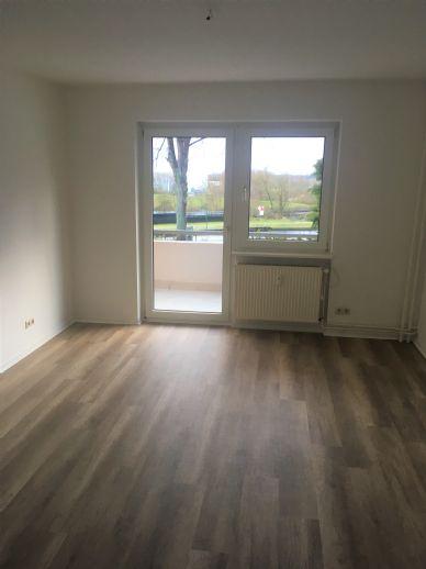 Schöne 3 Zimmer Wohnung mit Blick auf den Elbe Seitenkanal