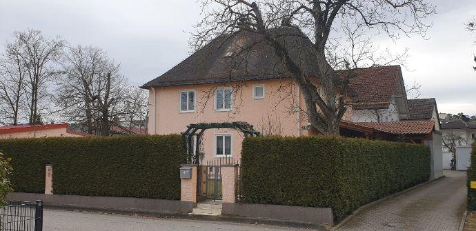 Herrschaftliche Villa nahe Zentrum