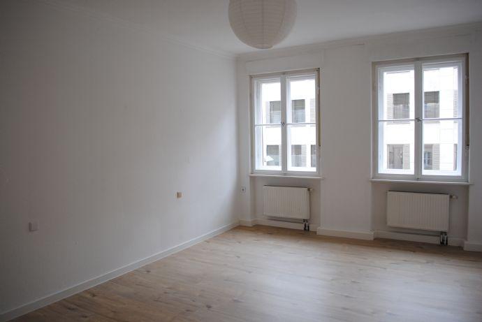 Zentral gelegene 2 Zimmer Wohnung in Nürnberg - Lorenz