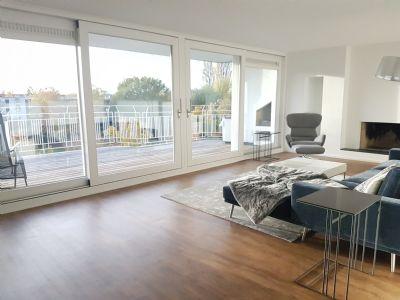 Kürzlich aufwändig kernsanierte, hochwertige Maisonette-Wohnung in hervorragender Lage