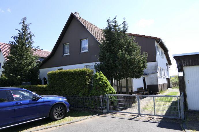 Großzügiges Wohnhaus in Ortsrandlage