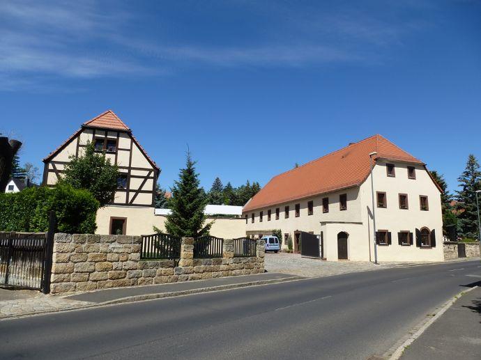 Sanierter Dreiseithof in Lockwitz - mit ca. 1.020 m² Wohn-Nutzfläche!