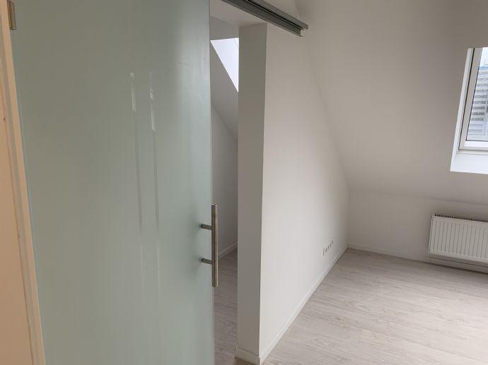 Erstbezug mit Loft-Wohnzimmer, Garten & Smarthome Wohnung 2 / 3 Zimmer ruhig und zentral gelegen