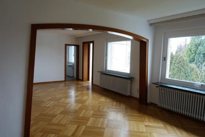 Witten: Helle, großzügige 2,5 Zimmer-Wohnung mit 90m² und Wintergarten