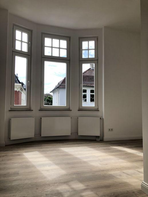 Neubauwohnung mit Altbaucharme - Exklusive Wohnung in kernsanierter Stadtvilla im Musikerviertel
