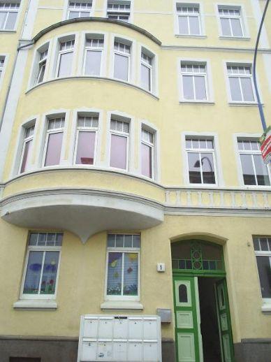 Geräumige 3 R.- Altbauwohnung in der Frankenvorstadt
