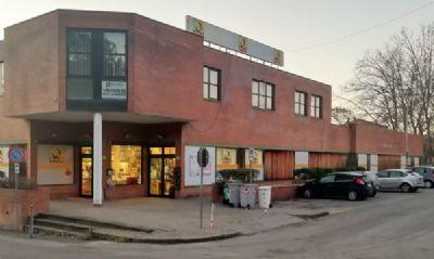 Sasso Marconi Ladenlokale, Ladenflächen