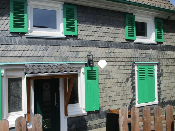 Doppelhaushälfte in RS-Hasten von privat