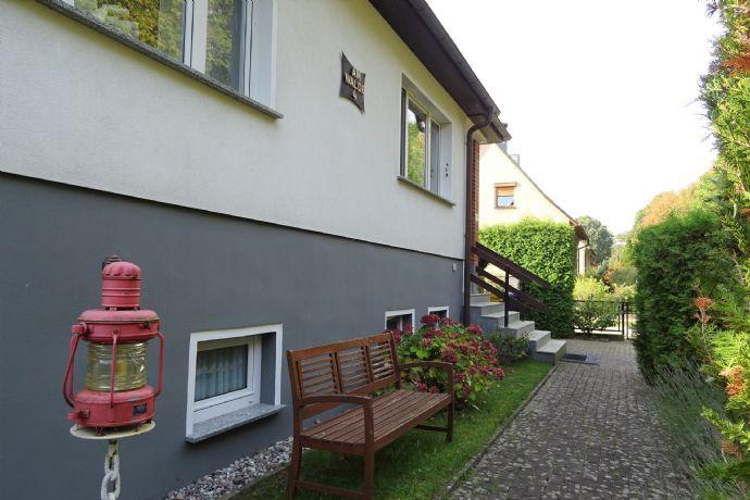 Top-Lage - großes Einfamilienhaus mit Ferienwohnung u. separatem Ferienbungalow