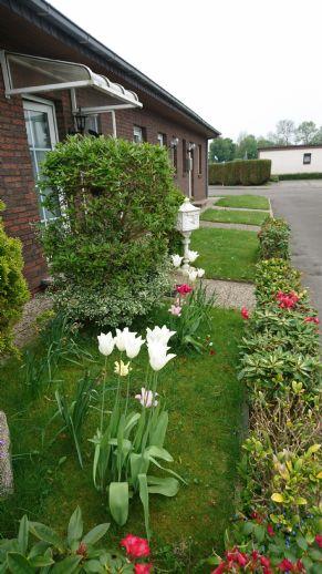 entzückendes gemütliches Reihenendhaus mit Garage und wunderschön angelegtem pflegeleichten Garten
