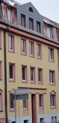 Mehrfamilienhaus zum Sanieren