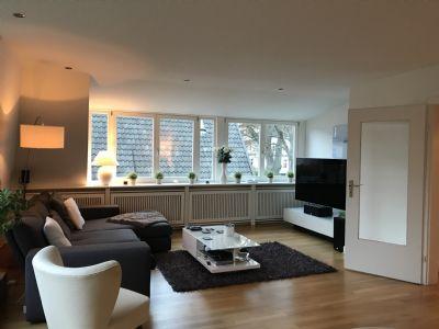 Schön geschnittene Dachgeschoss/- Maisonettewohnung in Blankeneser-Zentrumsnähe.