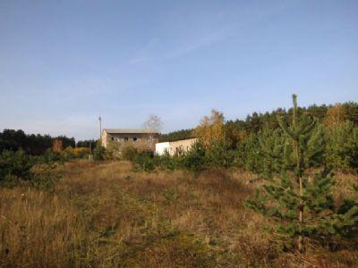 28000 m² Grundstück mit 4 Gebäuden