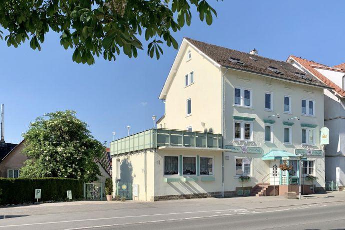 Kaffeehaus und Hotel Garni *Prinz Carl* Wohnhaus mit Mischnutzung, grosser Terrasse und drei Wohnungen