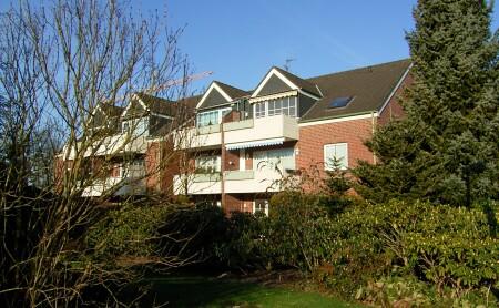 3-Zimmer-Wohnung mit Süd-Balkon und Wannenbad im 2. OG