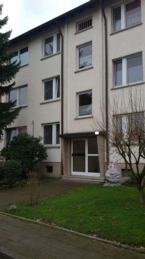 Schöne 2,5 Raum Wohnung