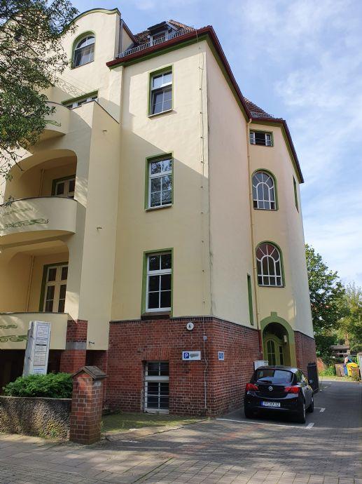 Schöne 2 Zimmerwohnung direkt am Kleistpark / Erstbezug nach Renovation