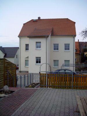 3-Raumwohnung mit Garten und PKW-Stellplätze im Hof