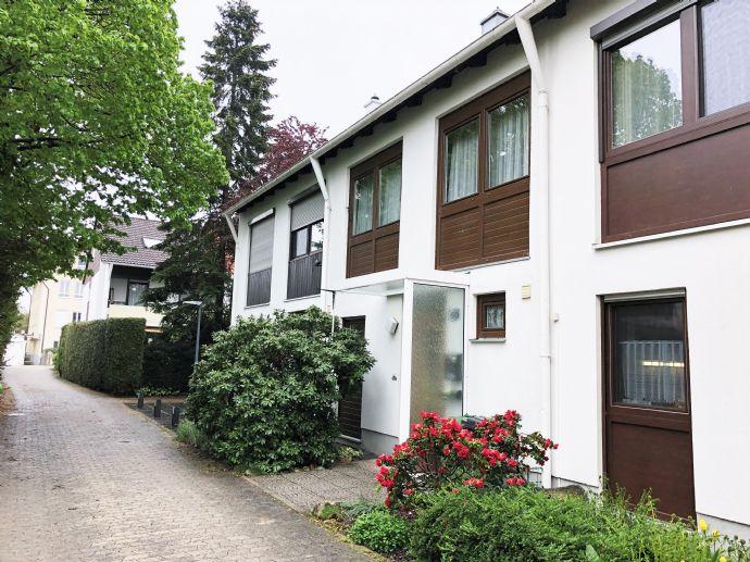 Geräumiges Reihenmittelhaus mit Terrasse und Garten - idyllische Lage von Alt-Poing
