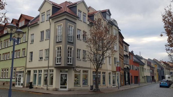 Schöne 2 Zimmer Wohnung mit Fahrstuhl in Gotha zu verkaufen