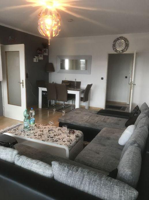 Sonnige Zwei-Zimmer Wohnung mit Ausblick