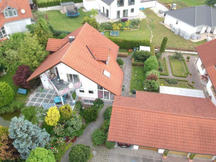 Zweifamilienhaus mit schönem Garten und Tollem Ausblick