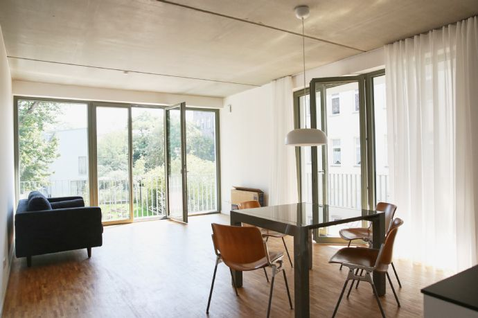 83 qm Wohnung - Erstbezug mit EBK und großem Balkon mit Blick zum Garten