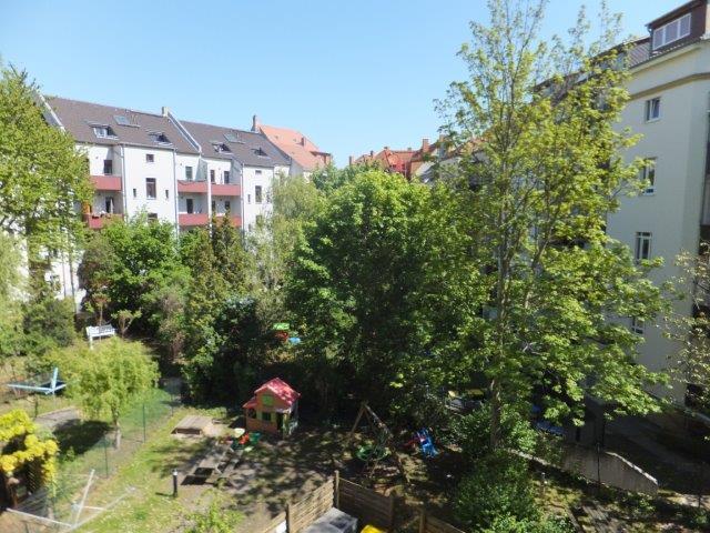 TOP: Elegante 2-Zimmer-Wohnung mit Balkon und Aufzug in ruhiger, grüner Lage im Herzen von Gohlis