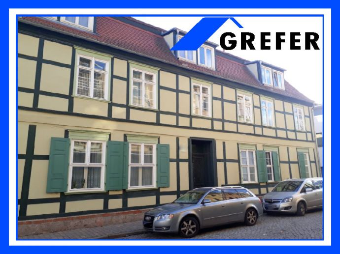 Stendal, modernisiertes, denkmalgeschütztes 7-Familienhaus mit Balkonen GREFER IMMOBILIEN