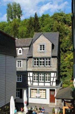 Charmantes Fachwerkhaus an der Rur