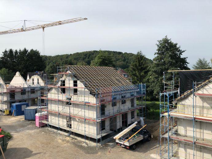 Einfamilienhaus zwischen Gießen und Marburg in geförderter KfW-55-Massivbauweise