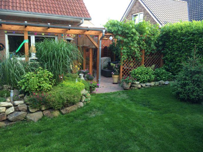 Schöne Doppelhaushälfte in idyllische Wohnlage nähe Oldenburg von Privat !!ohne Maklergebühren !!