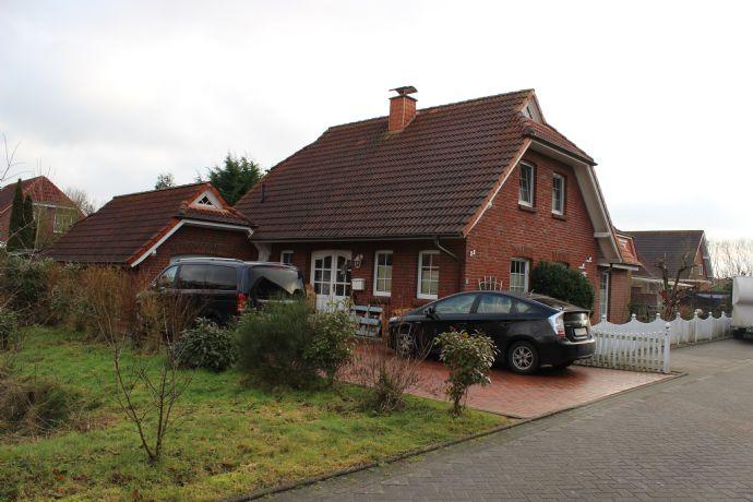 Gehobenes Einfamilienhaus in Rüstersiel von privat!