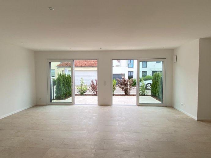 2 ZKB - 84 m² EG - Top Lage Westviertel - Ingolstadt Neubau Mietwohnung - moderne gehobene Ausstattung