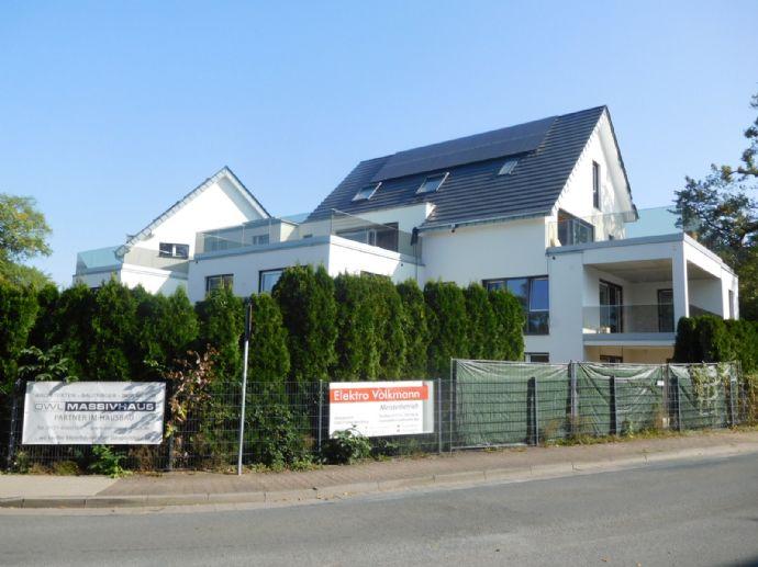 3 Zimmer Wohnung inkl. ca. 200 qm Garten, eigenem Zugang, überdachter Terrasse u.v.m.