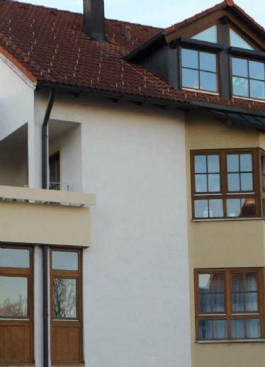 Charmante Doppelhaushälfte mit schönem Außenpool