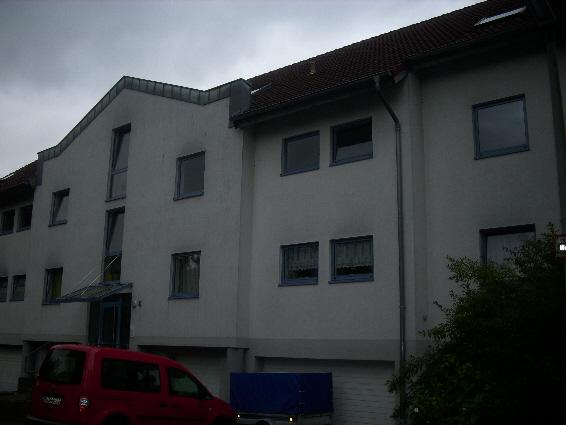 Ottweiler-Lehbesch: Schöne 2,5-ZKB-Wohnung mit Einbauküche und Balkon in ruhiger Lage