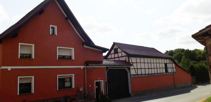 Saniertes Anwesen – ideal für Handwerk/Kleinbetriebe mit Werkstatt, Garagen, Pool & mehr