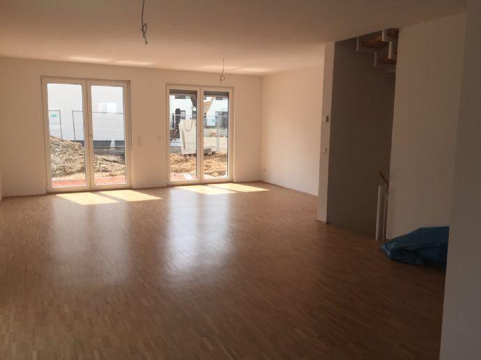 Leben in einer neugebauten Doppelhaushälfte in Rosbach vor der Höhe