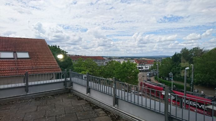 Mitten im Leben: 3 Zimmer- Maisonette-Wohnung im Herzen von Riegelsberg