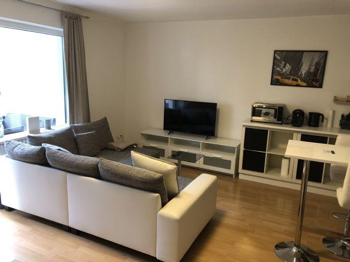 Schönes Single-Apartment mit großem Balkon