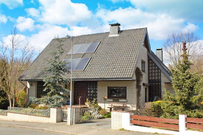 Exklusives Retro-Architektenhaus am See
