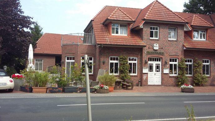 Bezugsfreies Restaurant mit zwei Wohnungen! Nähe Westerstede (Ammerland) und drei weitere Objekte in /um OL