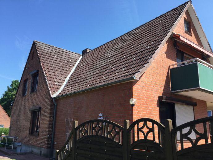 großzügiges Zweifamilienhaus oder Mehrgenerationenhaus mit 2 Wohneinheiten in Ratzeburg