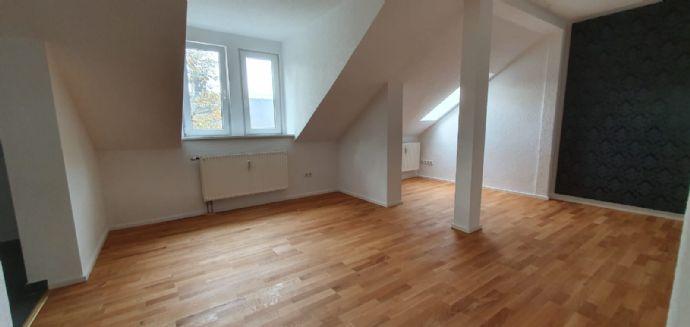 """2 Raum Dachgeschosswohnung """"ALLES NEU"""""""