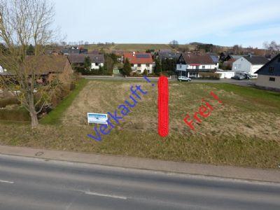 ** Baugrundstück, - zentrale Lage in Wulften ** Doppelhaushälfte projektiert